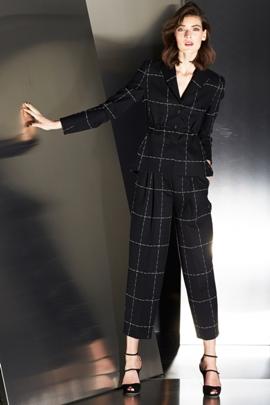 Модный женский пиджак чёрный