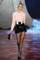 Модный женский свитер с крупной вязкой зима 2014-2015