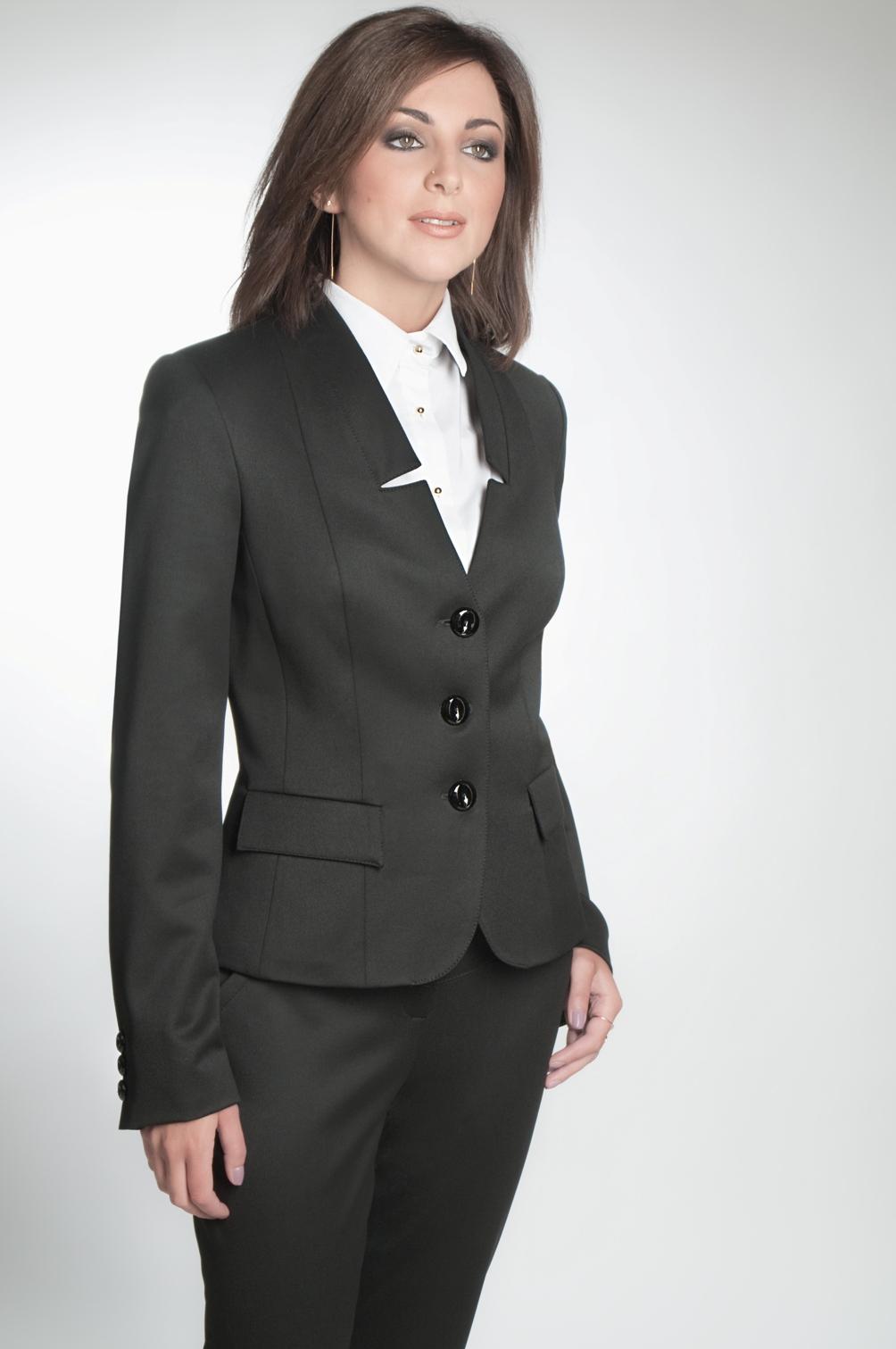 Деловой женский костюм с доставкой