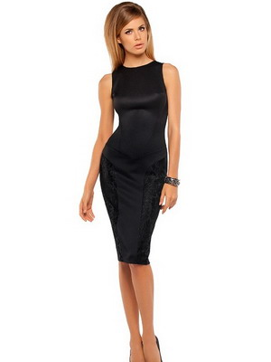 Платье-футляр чёрного цвета