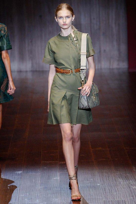 Платье светло-зелёное
