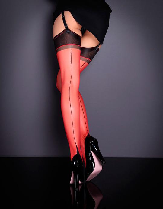Чёрно-красные чулки
