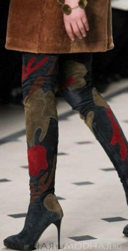 Модная женская обувь сапоги чулки