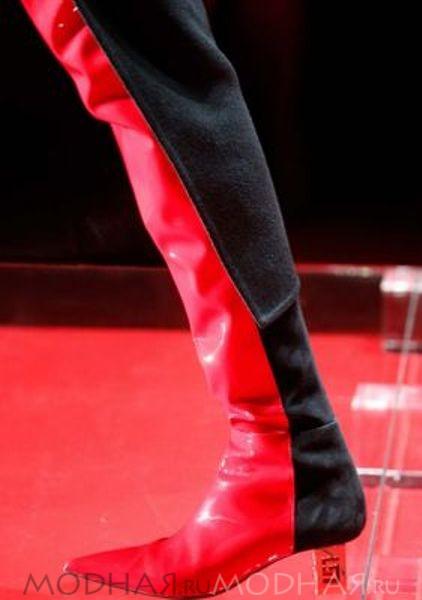 Модная женская обувь сапоги