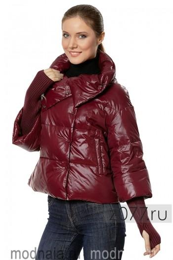 женская куртка цвет малиновый