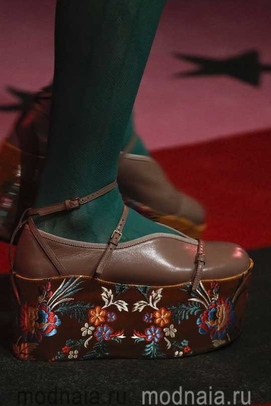 Женская модная обувь осень 2017