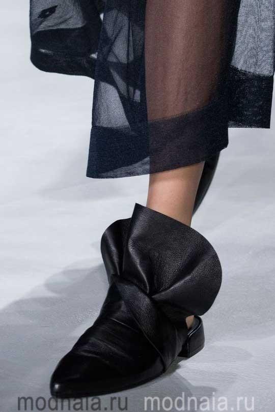 Модная обувь осень 2017 ботинки черные