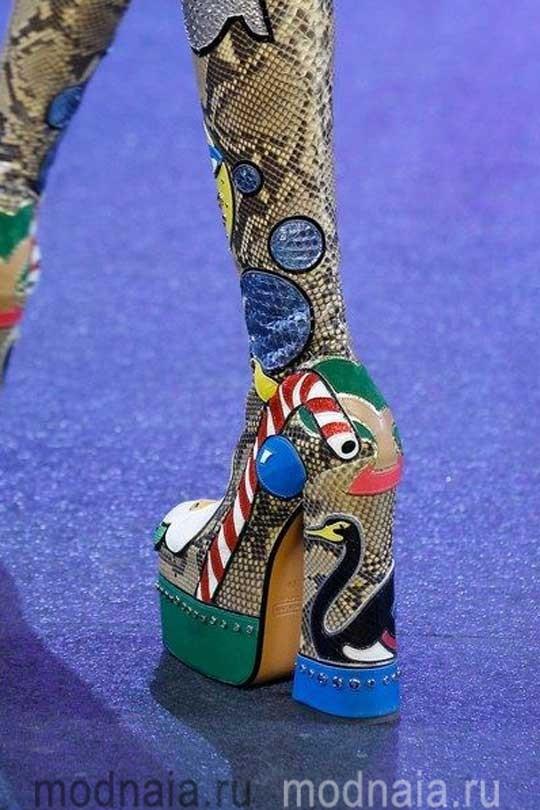 Обувь осень 2017, модные тенденции, фото сапог на платформе