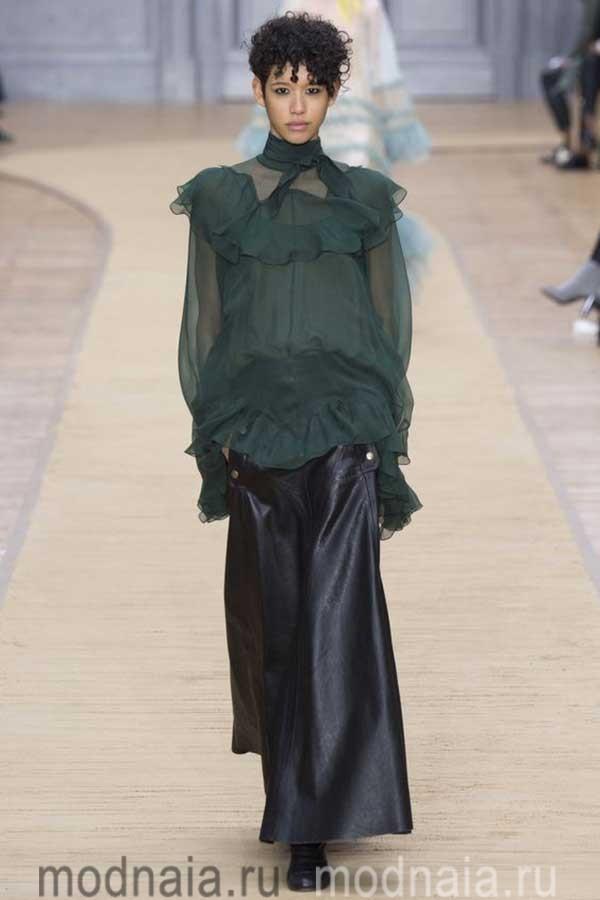 модные-тенденции-блузок-весна-2017-Chloe