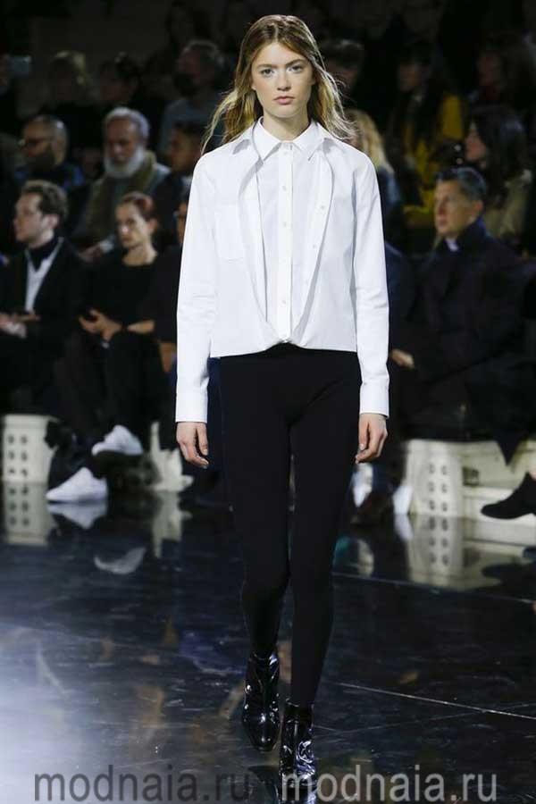 модные-тенденции-блузок-весна-2017-Courrèges