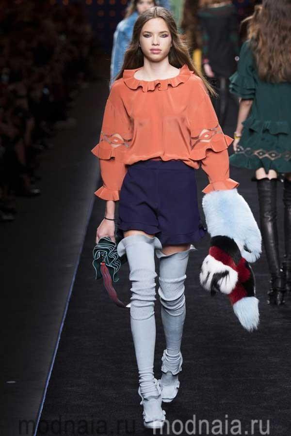 модные-тенденции-блузок-весна-2017-Fendi