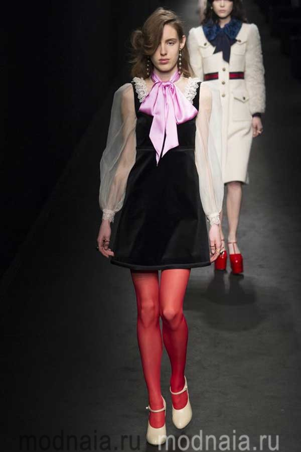 модные-тенденции-блузок-весна-2017-Gucci