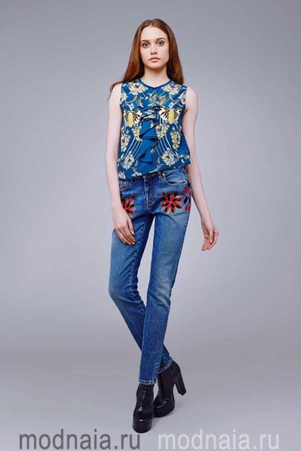 модные-тенденции-блузок-весна-лето-2017-Cavalli