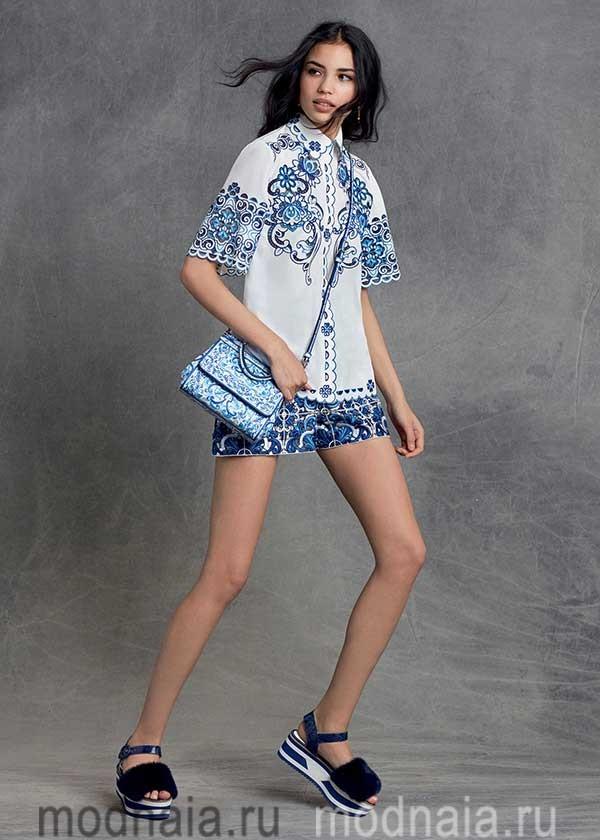 модные-тенденции-блузок-весна-лето-2017-года-Dolce-&-Gabbana-2