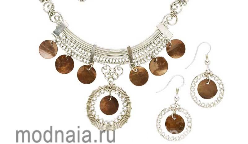 Серебряные украшения с камнями