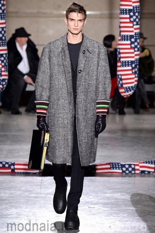 объемное мужское пальто