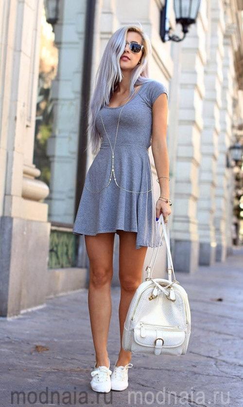 спортивный стиль в одежде для женщин фото