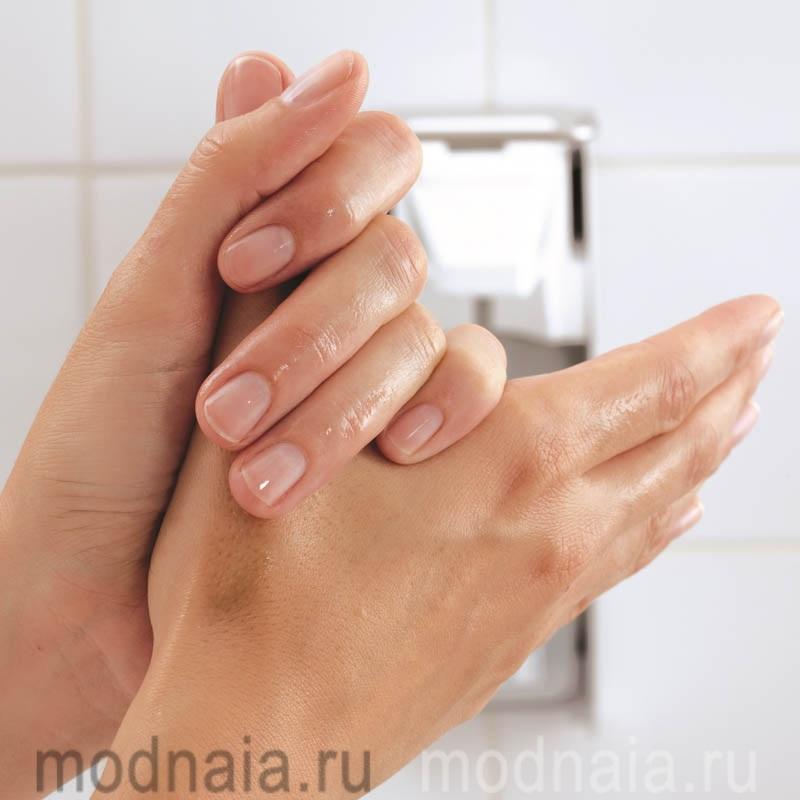 Дезинфекция рук или обычное мыло?