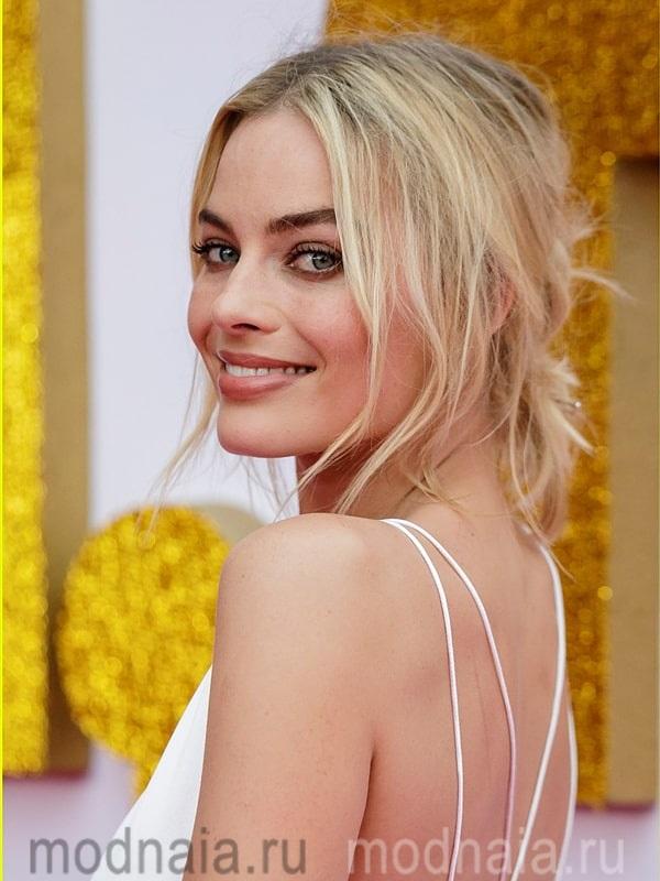 модные стрижки в 2019 году каскад на средние волосы