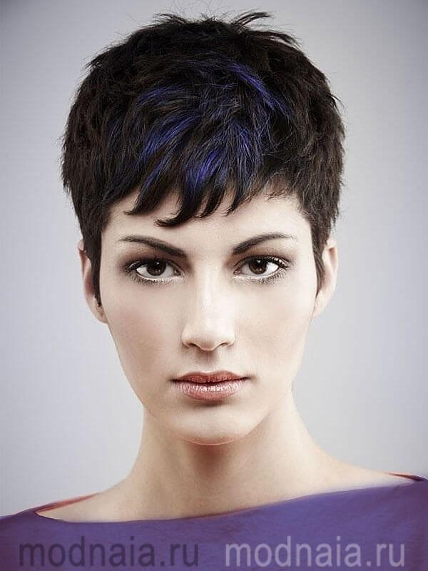 модная стрижка на короткие волосы в 2019 году